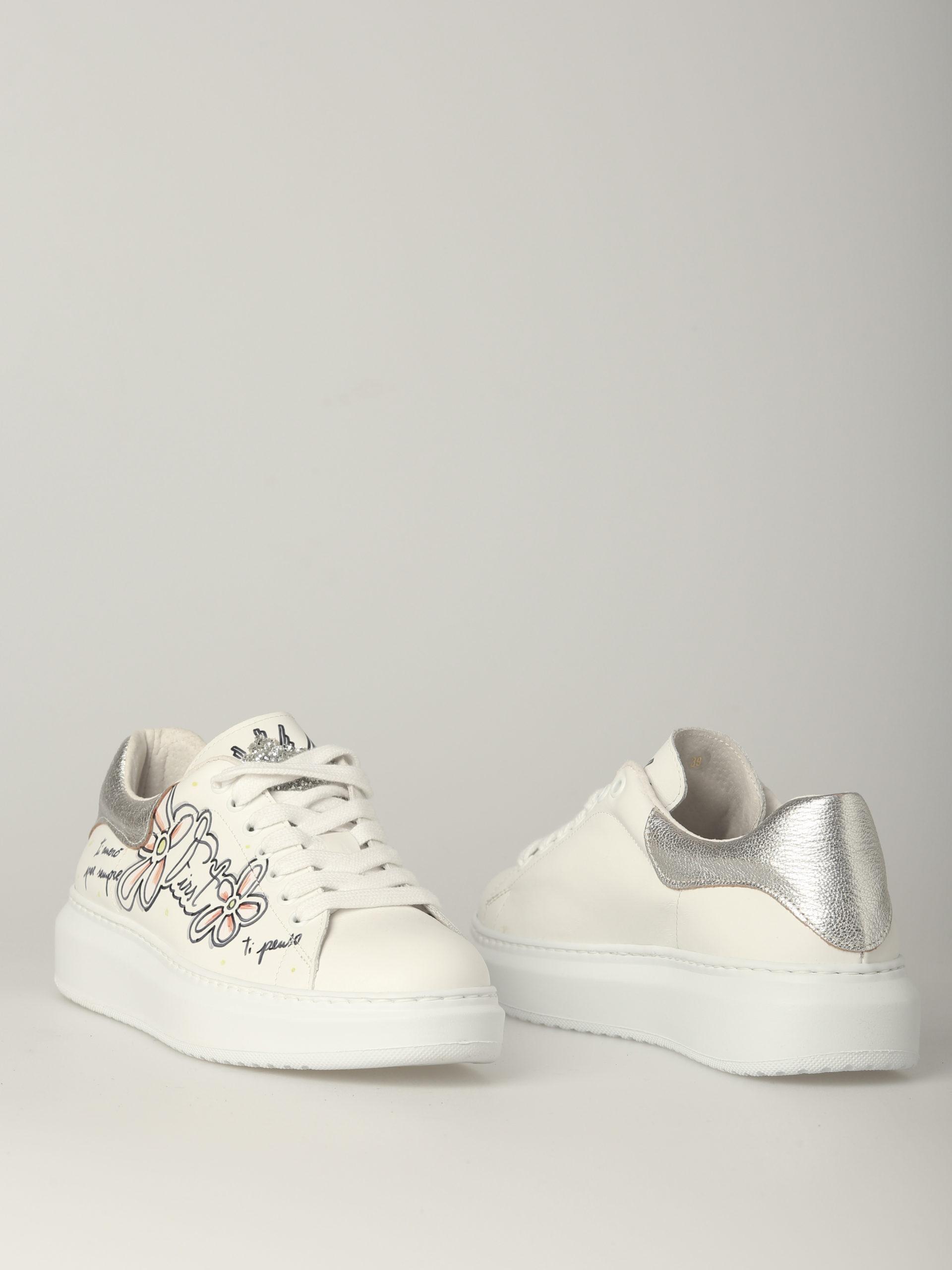 кроссовки из италии